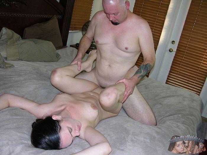 porno-video-lisiy-muzhik