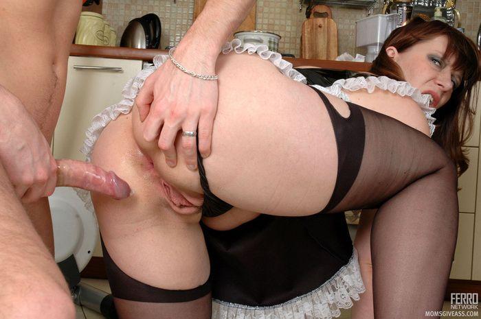 Русские женщины задницу зрелые в фото трахаются